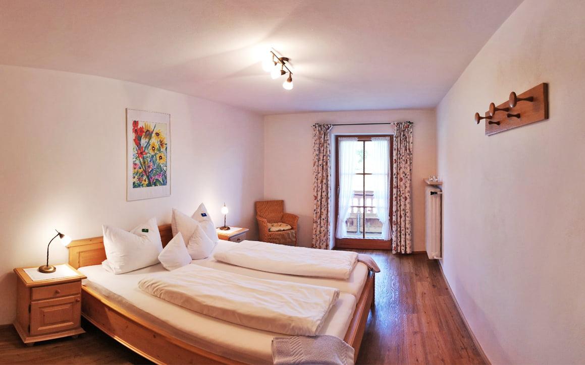 Schlafzimmer Seeblick - Zimmer & Wohnungen
