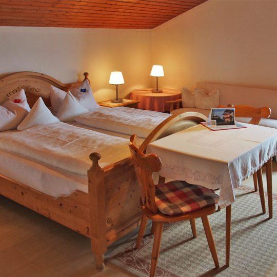 Zimmer 4 1 540x540 - Zimmer Nr. 4