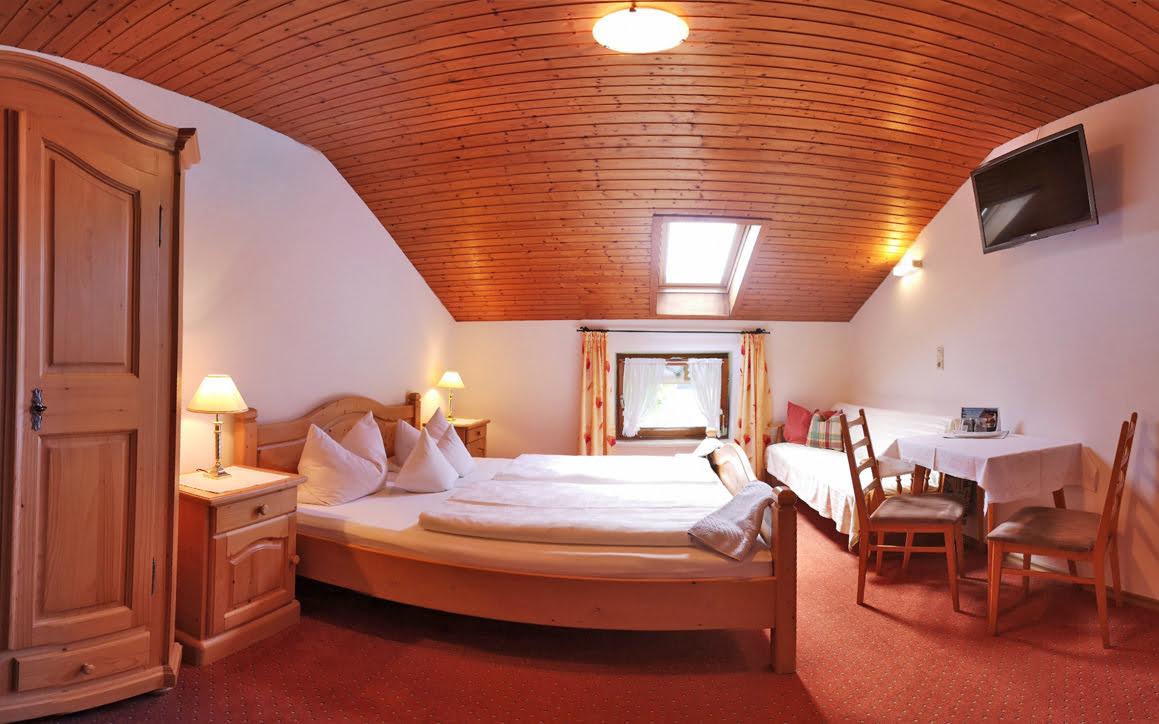 Zimmer 6 2 - Ferienwohnung Bergblick