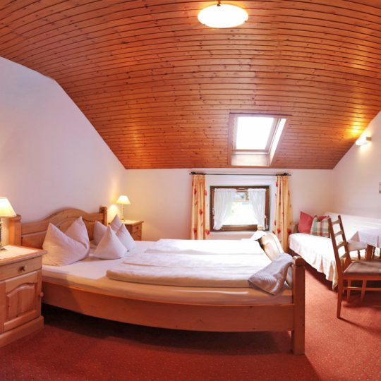 Zimmer 6 2 540x540 - Zimmer Nr. 6