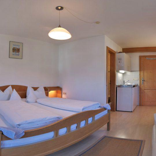 Zimmer 1 2 540x540 - Zimmer Nr. 1