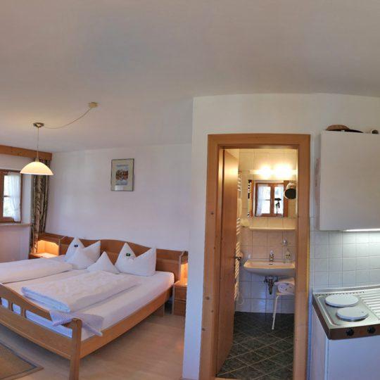 Zimmer 1 540x540 - Zimmer Nr. 1