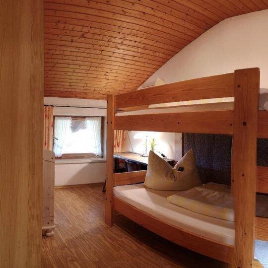 Bergblick Kinderzimmer 540x540 - Ferienwohnung Bergblick